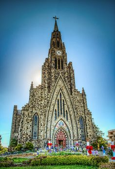 Gothic Cathedral Cathedral of Our Lady of Lourdes, Brazil Canela-Rio Grande do Sul Rio Grande Do Sul, Church Architecture, Beautiful Architecture, Beautiful Buildings, Gothic Cathedral, Cathedral Church, Places Around The World, Travel Around The World, Around The Worlds