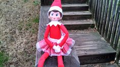 Trixie Elf with her new Skirt :-)