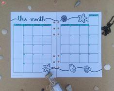 Os #spreads do último mês do ano está no ar! Resolvi ir na contra mão e fazer dezembro com o tema #mar e tudo que o envolve, remetendo ao #verão que se aproxima 🌊💙 Quer saber como eu planejei e como vou me #organizar nesse mês? Então acesse esse post e confira 😘