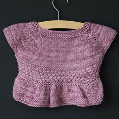 This design is also available in fingering and DK weights.