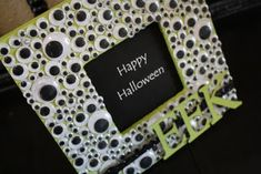 Googly Eye Frame - fun for Halloween