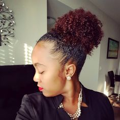 Inspiring #afropuff #naturalhair Loved By NenoNatural! #naturalhairstyles #curlyhair #kinkyhair #nenonatural #vlogger #blogger #hairblogger