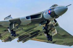 B1 Bomber, V Force, Avro Vulcan, Delta Wing, Falklands War, Red Arrow, Aeroplanes, Royal Air Force, Concorde