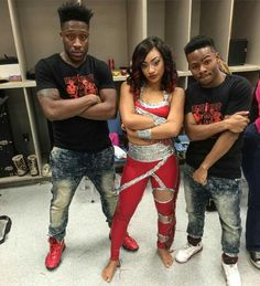 Our Secret Weapon! Sunjai is back ❤ Battle Royale ❤ Tim and Jay ❤ Kayla Dancing Dolls, Dancing Dolls Bring It, Majorette Uniforms, Dd4l, Flare Jeans Outfit, Back In The Game, Just Dance, Jean Outfits, Weapon