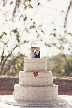 Cake with hearts- too cute