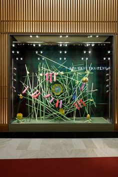 Billedresultat for Visual Merchandising Visual Merchandising Displays, Visual Display, Display Design, Bergdorf Goodman, Hermes Window, Retail Store Design, Retail Stores, Window Display Retail, Pop Up