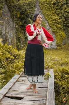 Portul padurenilor – Etnotique Folk Costume, Costumes, Romania People, Romanian Flag, Folk Clothing, Arya, Barefoot, Lace Skirt, Dressing