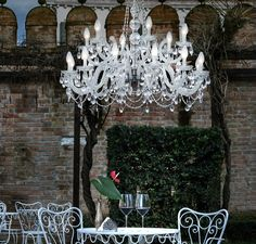 Outdoor chandelier - Light for romantic nights Outdoor Chandelier Lighting, Luxury Chandelier, Modern Lighting, Lighting Design, Chandeliers, Romantic Night, Venetian Glass, Close Image, Ceiling Lights