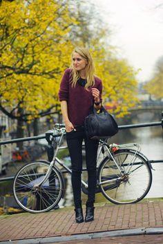 burgundy sweater, black collar necklace, black studded tote, black skinny jeans, black booties