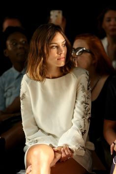 Alexa Chung Photos - Noon By Noor - Front Row - Spring 2016 New York Fashion Week: The Shows - Zimbio