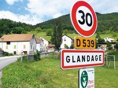 Top 28 des noms de villes les plus cons de France (et un peu d'ailleurs)