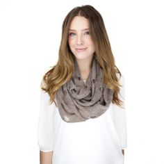 Vintage Brown Infinity Scarf. #clothing #scarves #style #model 9thelm.com