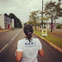E hoje no blog Viajar correndo tem um post sobre a terceira edição da Meia Maratona de Chapecó realizada no último domingo. E tem um vídeo também no nosso canal do YouTube sobre a prova (pelo projeto #VEDA). Corre lá para conferir no blog (que o vídeo está no post também)...  #correbrasil #eucorroporaqui #meiadechapeco #chapeco #forcachape #prasemprechape #corrida