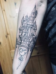 My disney tattoo - Sophia Schendel - Gute Pin Disney Tattoos, Mickey Tattoo, Disney Sleeve Tattoos, Leg Sleeve Tattoo, Back Tattoo, Up Tattoos, Time Tattoos, Trendy Tattoos, Future Tattoos