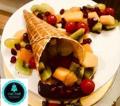 Fresh fruit cake Fresh Fruit Cake, Themed Cakes, Ethnic Recipes, Food, Theme Cakes, Meal, Eten, Cake Art, Meals