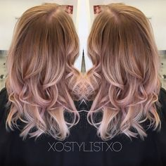 Watch the pro at work turning this regular blonde hair into a multi-dimensional hairstyle. Make this your inspiration for your next hair adventure.