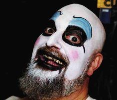 skeleton makeup on beard Face Paint For Men, Beard Makeup, Skeleton Makeup, Bearded Men, Beards, Costume Ideas, Halloween Face Makeup, Painting, Painting Art
