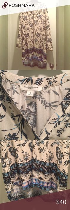 Multi print cover up, size L Excellent condition! Lightweight bathing suit or beach lounge cover up.  Purchased from Nordstrom. Nordstrom Swim Coverups