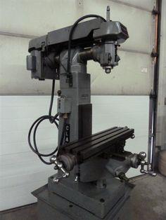 Clausing 8520 Vert Mill (945219)