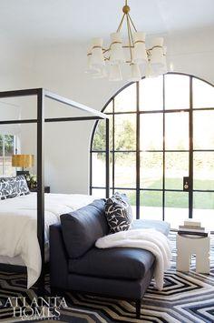 Black and White Interior Design Perfection In Buckhead Black And White Interior, White Interior Design, Luxury Homes Interior, Home Interior, Interior Colors, Interior Livingroom, Romantic Home Decor, Unique Home Decor, Cheap Home Decor