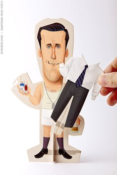 Muñequitos recortables de cartón de Mad Men. Diseñados por Andrés Martínez Ricci. 15€ en bigcartel.com Cardboard cut-out dolls