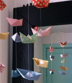DIY-mobile-ship-movil-de-papel http://idoproyect.com/blog/diy-mobile-ship-movil-de-barcos-papel/