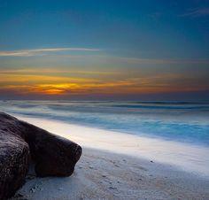 Sonnenuntergang - https://www.instagram.com/p/BVo5JB8BBCW/ photo taken by my flatmate #gilitrawangan #sunset #a6000 #ocean #travel #travelphotography #lombok #indonesia #beach #giliislands