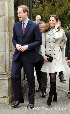 Great coat and boots! Love the little tulip hem