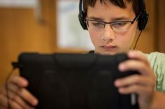 Listen to Reading Websites - The Daily Cafe