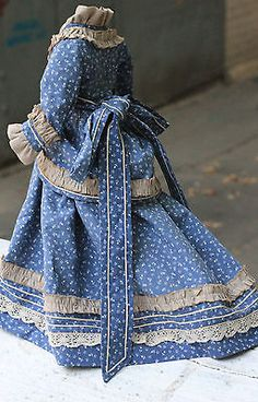 Fabulous-antique-fashion-doll-dress-French-antique-doll-cotton-lace