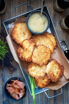 Make Kartoffelpuffer aka German potato pancakes from scratch. Go authentic or take our recipe shortcut. Crispy outside with a fluffy potato center. German Potato Pancakes, Pancakes Easy, German Appetizers, Yummy Appetizers, Pork Schnitzel, German Potatoes, Oktoberfest Food, Cooking Recipes, Healthy Recipes