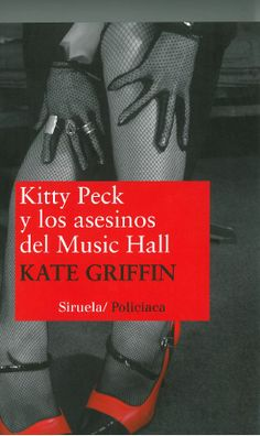 Spanish language copies of Kate Griffin's Kitty Peck and the Music Hall Murders as received from Siruela.