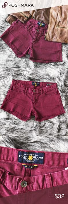Burgundy Lucky Brand Riley Shorts 💕really good condition  💕distress style cut  🌸 no trades please 🌸 🌸 accepting offers 🌸 🌸 bundle for a better deal! 🌸 Lucky Brand Shorts Jean Shorts