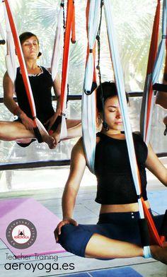 Formación Maestros Yoga, Aerial Yoga Teacher Training, #aeroyoga #aerialyoga #yoga #pilates# fitness #aereo #aerial #acro #acrobatic #wellness #bienestar #mexico #cancun #DF #mexicodf #rafaelmartinez #yogaaereo #pilatesaereo #aeropilates #aerofitness #gravity #age #stress #anti #aerien #aeri #teachertraining