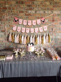 NUEVO color rosa Minnie Mouse feliz cumpleaños arco por Skrapologie