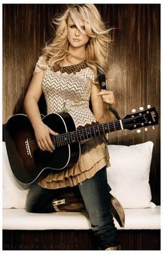 Since her appearance on Nashville Star, Miranda Lambert's star has risen nicely! A great poster of one of the best ladies in Country Music today. Ships fast. 11x17 inches. Scoot yer boots on over and