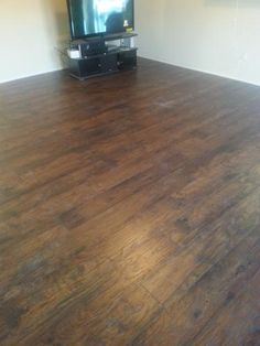 TrafficMASTER Handscraped Saratoga Hickory 7 mm Thick x 7-2/3 in. Wide x 50-5/8 in. Length Laminate Flooring (24.17 sq. ft. / case) 34089 at The Home Depot - Mobile