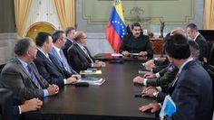 NOTICIAS VERDADERAS: MARCHA ATRÁS DEL CHAVISMO EN VENEZUELA: LA CORTE D...