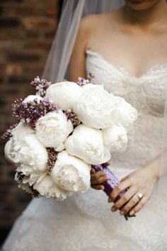 White peonies and lilac bridal bouquet Wedding Bells, Our Wedding, Dream Wedding, Lilac Wedding, Blue Wedding Flowers, Wedding White, Decor Wedding, Trendy Wedding, White Peonies
