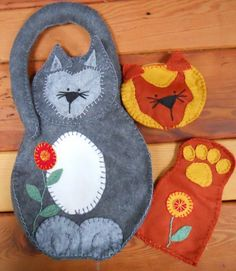 This is a strictly fun project for all the cat people you know. The paw/leg pouch is great as an eyeglass case or cell phone holder while the kitty face zippered coin bag can also hold a few cosmet...