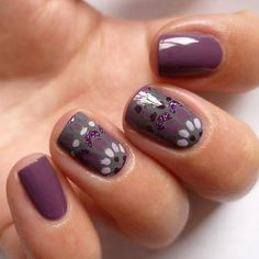 Nincs mese, csodás ez a stamping decal. Purple Nails, My Nails, Stamping, Decals, Nail Art, Inspiration, Beauty, Instagram, Purple Nail