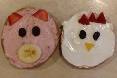 Made these mini bagel pigs and chickens for preschool snack today. Down on the farm! : Made these mini bagel pigs and chickens for preschool snack today. Down on the farm! Farm Animals Preschool, Preschool Food, Preschool Farm Theme, Toddler Preschool, Preschool Crafts, Cooking In The Classroom, Farm Lessons, Classroom Snacks, Farm Unit