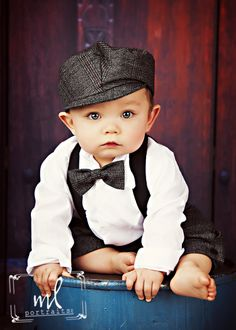 www.mlportraits.com - Children Photography | Kids Photo Session | Boy | Tie | Bow | Bow tie | Hat | Red | Blue | Black & White | Cute