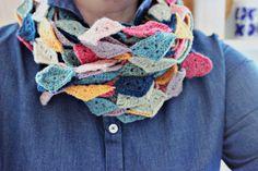 Simple crocheted scarf with Jamieson Shetland wool, www.hiljadesign.fi