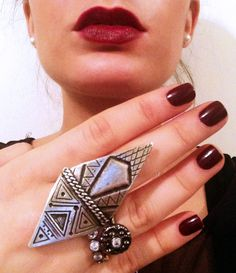 """LOOK OF THE DAY! Pair our """"Mola Knuckle Ring"""" and """"Glistening Suds Stackable Ring"""" in silver ox and gunmetal with Maroon nails and lips- PERFECT WINTER GLAM!  ps... LOVING our ADAM MARC JEWELRY TRENDS stackable ring band ;)  www.pourtavoosi.com   #trend #jewelry #instagood #instalove #lotd #ootd #ootn #instagram #hot #ring #fashion #streetsyle #style #nyc #stylish #trendsetter #shop #instafashion #fabulous #accessories #party"""