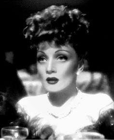 Marlene Dietrich 1940's