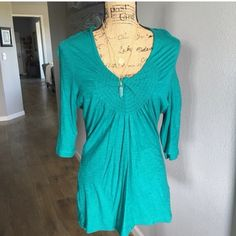 Anthropologie Deletta Top Lightweight teal/jade 3/4 sleeve top in excellent condition. This is actually a reposh but was never worn by me or the previous seller. I lost a little weight after buying the top in late winter, so it doesn't fit unfortunately. I love it!! Feel free to ask any questions or for measurements. Anthropologie Tops Blouses
