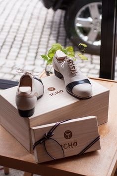 ♂ Masculine and elegance man's fashion accessories beige shoes