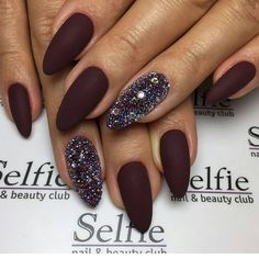 The beautiful nails are a pair of charming eyes, letting the woman's charm shine Shiny Nails, My Nails, Cute Nails, Pretty Nails, Fall Nail Art Designs, Luxury Nails, Dream Nails, Perfect Nails, Halloween Nails