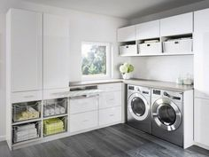 contemporary laundry room with white wicker baskets transitional bathroom vanities Laundry Appliances, Laundry Room Cabinets, Laundry Room Organization, Organization Ideas, Modern Laundry Rooms, Farmhouse Laundry Room, California Closets, Küchen Design, House Design